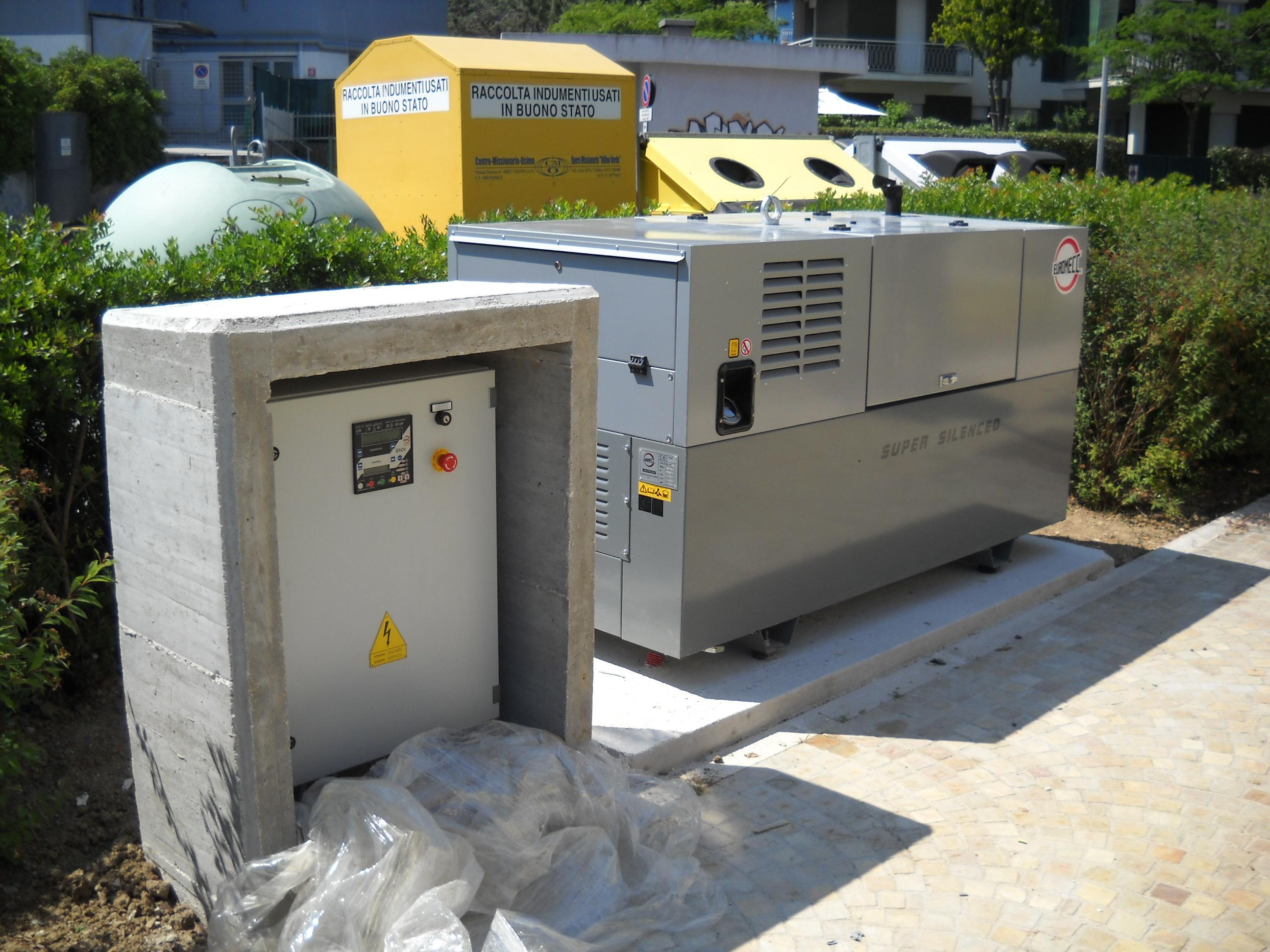 Impianto elettromeccanico con generatore di emergenza